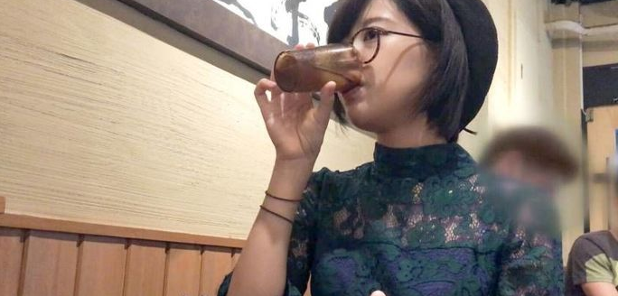 佐佐木玲2019番号200GANA-1889 被男友开处后喜欢自慰